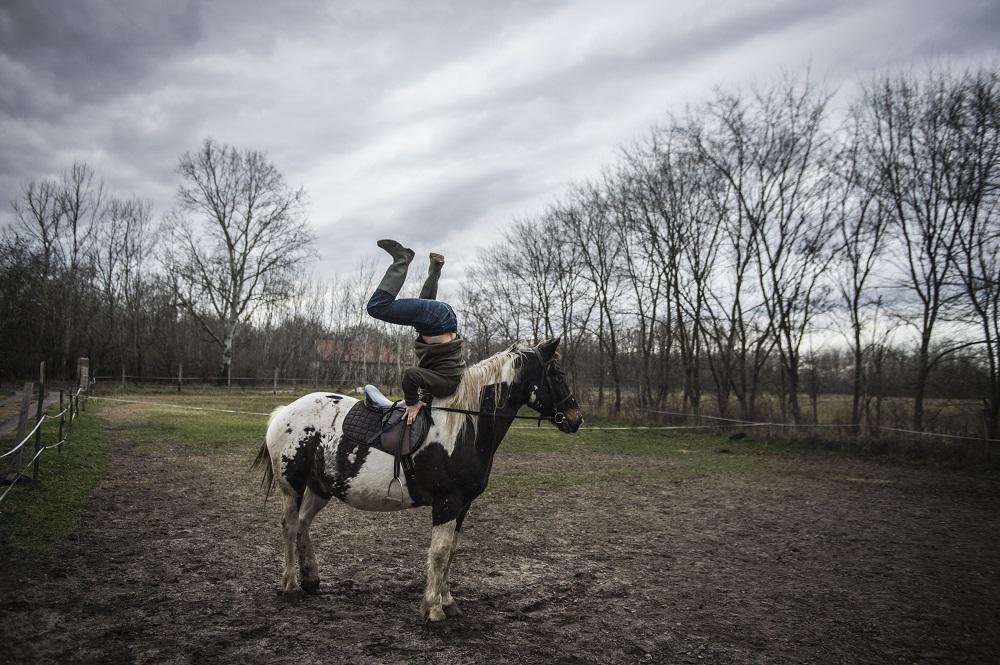 Fotó: Ujvári Sándor: Részlet a Hétköznapok című sorozatból, 2017<br />