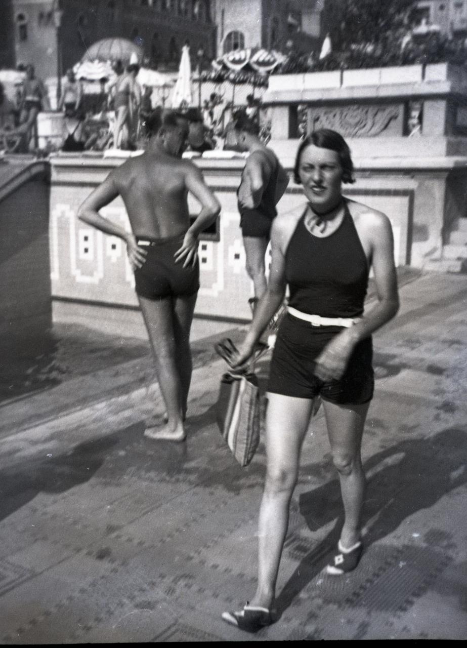 Fotó: Pusztai Sándor: Ismeretlen fürdővendég, 326 © Pusztai Sándor örökösei - FSZEK Budapest Gyűjtemény