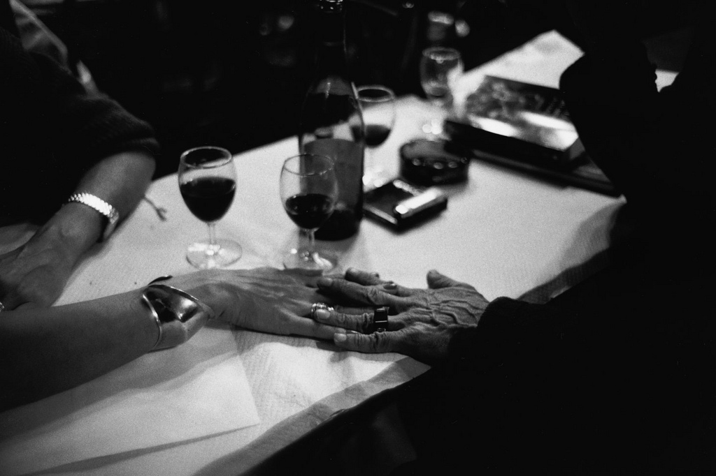 Fotó: Peter Turnley: Brasserie de l'Isle Saint-Louis, 1993 © Peter Turnley