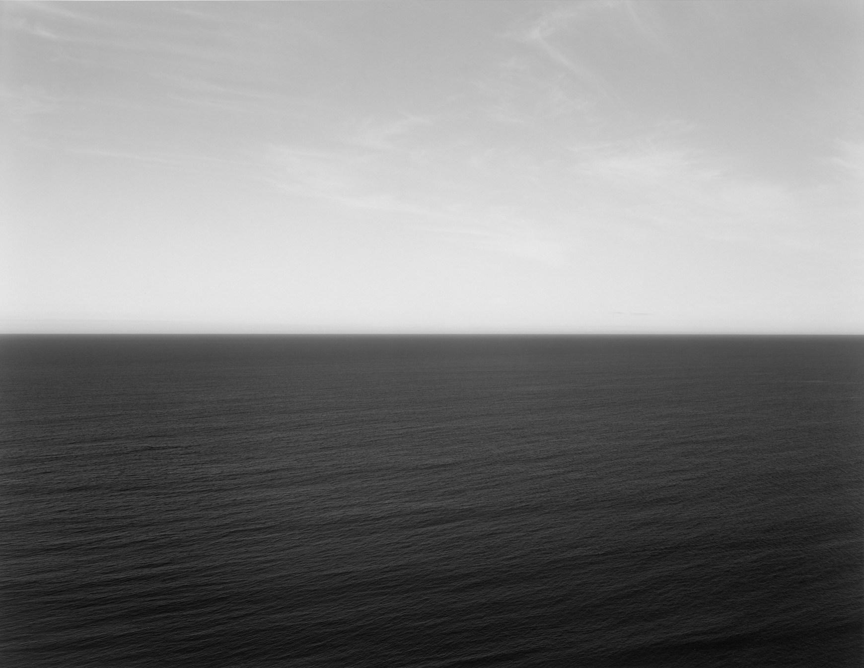 Fotó: Hiroshi Sugimoto: Tasman Sea, Ngarupupu, 1990 © Guggenheim/Hiroshi Sugimoto