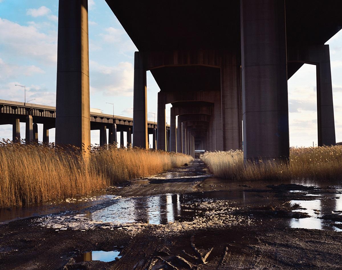 Fotó: Szatmári Gergely: Turnpike. Részlet a Meadowlands című sorozatból