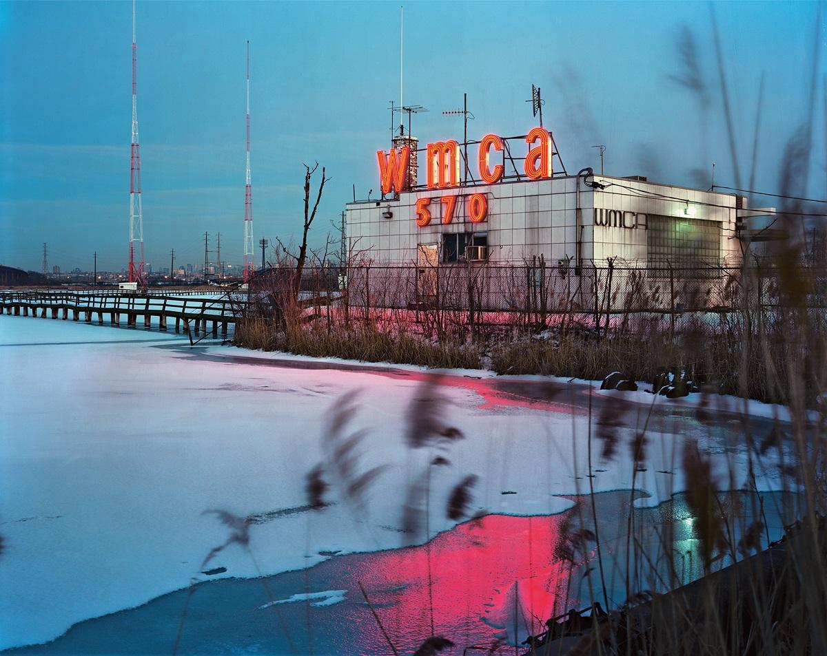 Fotó: Szatmári Gergely: VMCA. Részlet a Meadowlands című sorozatból
