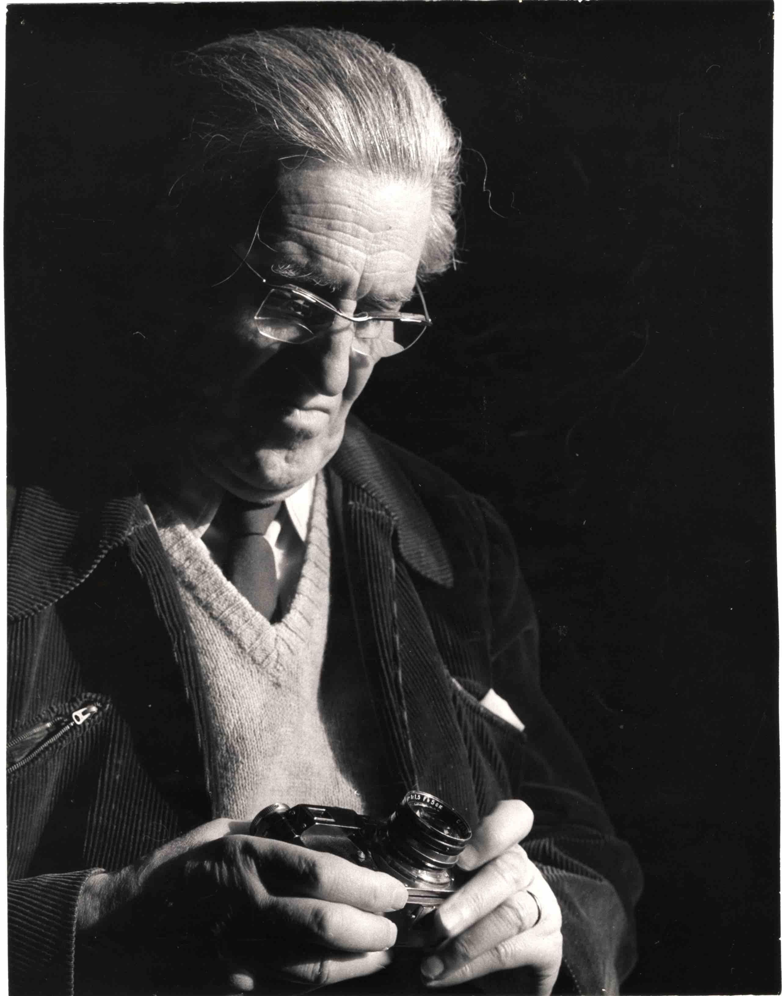 Fotó: Fényes Tamás: Escher Károly portréja, 1965 © Magyar Fotográfiai Múzeum