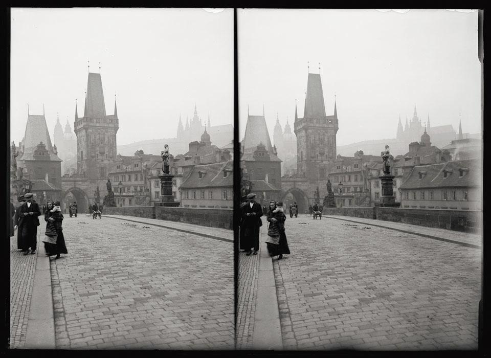 Fotó: Faix Jacques: Prága, Károly híd, 1910 k. © Magyar Fotográfiai Múzeum