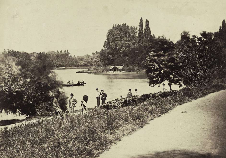 Fotó: Klösz György: Városligeti-tó. A felvétel 1880-1890 között készült. A kép forrását kérjük így adja meg: Fortepan / Budapest Főváros Levéltára. Levéltári jelzet: HU.BFL.XV.19.d.1.05.085