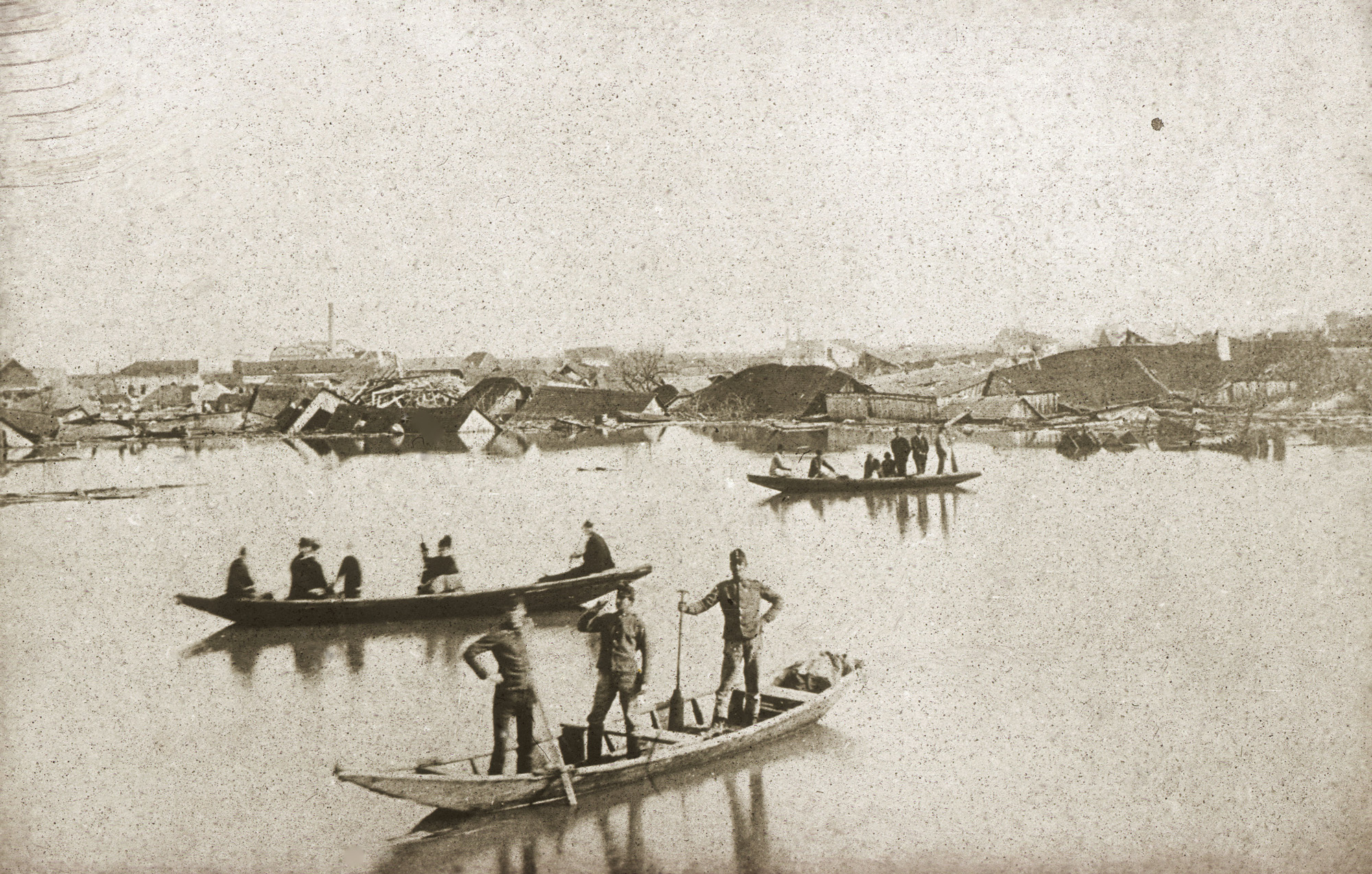 Fotó: Klösz György: Szegedi árvíz, 1879 (Kisképző Digitális Fotótár)