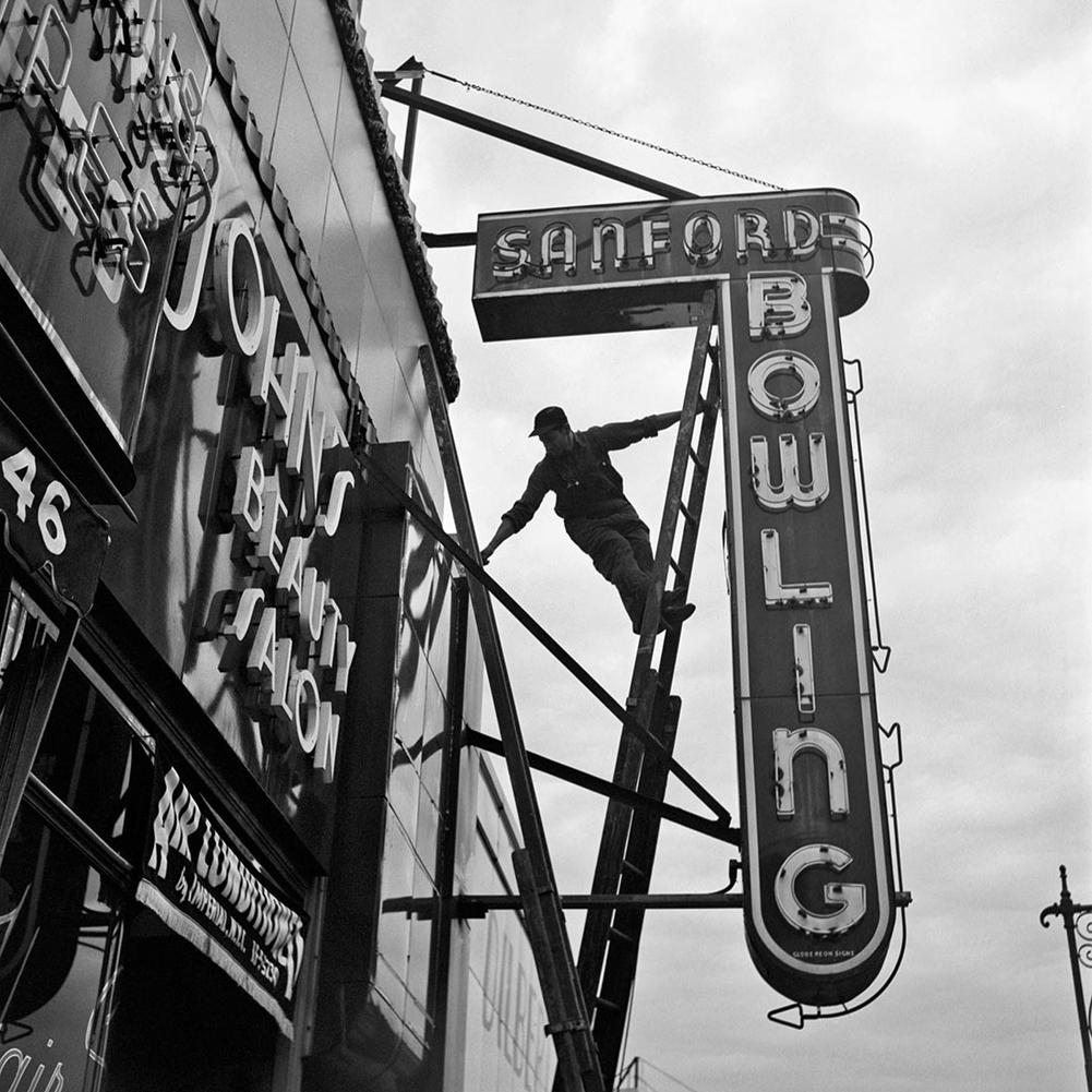 Fotó: Vivian Maier: New York, 1954. szeptember 20. © Vivian Maier/Maloof Collection, Courtesy Howard Greenberg Gallery, New York.