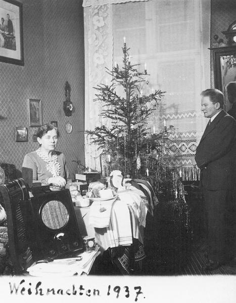Fotó: Anna und Richard Wagner: Önarckép, 1937. karácsony © Heimatmuseum Charlottenburg