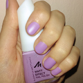 NOTD: Manhattan Matt Effect - lila