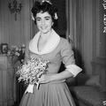 14 felejthetetlen menyasszonyi ruha