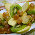 Zöld gyümölcssaláta