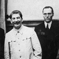 A kommunizmus ragadós masszának bizonyult