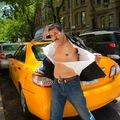 Visszatértek a pin-up taxisok