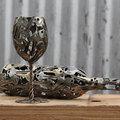 Ausztrál művész a rézcsövek, kulcsok és aprópénz védőszentje