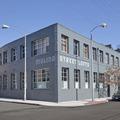 Az éremnek ismét két oldala van - Molino Street #216, Los Angeles