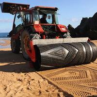 Művészkedő traktor
