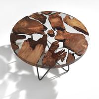 Minimalista asztal több ezer éves fából