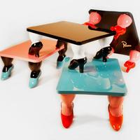Dohányzóasztal fura lábakkal - Parra & Toykyo