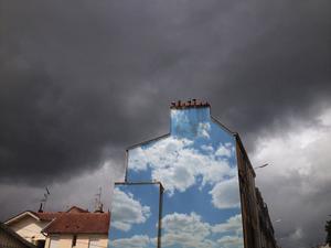 Vidám égképgraffitit mindenhová