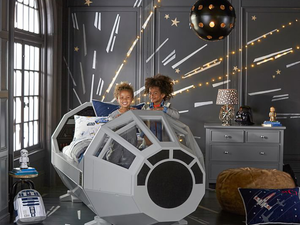 Aludnál a Millennium Falcon-ban?