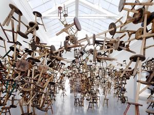 Ai Weiwei és a székrobbanás