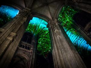 Dimenziókapu a templom mennyezetén