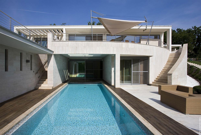 Oszm n bej lni f tliget villa d d r architect for Villa rentsch