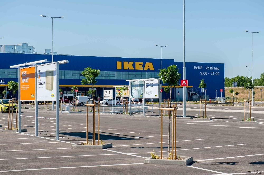 Így készült az új IKEA áruház