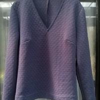 Kék vastag pulóver