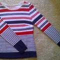 Piros-kék csíkos póló