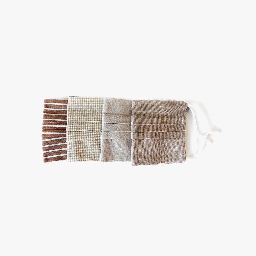Jonathan Simkhai bézs maszkpakk - 48 dollár