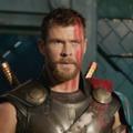 Chris Hemsworth szívesen megújítaná szerződését a 'Bosszúállók 4' után