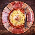 Szalonnás-tojásos spagetti