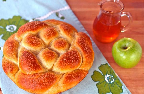 apple-honey-challah3.jpg
