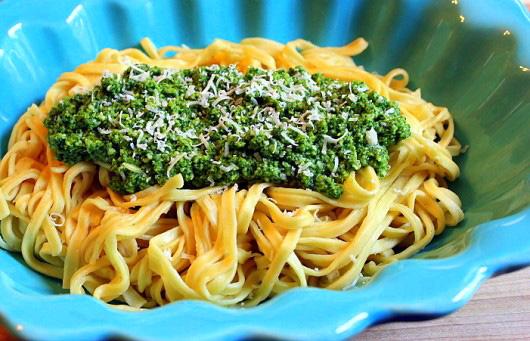 pasta_with_lemon_balm_pesto.jpg