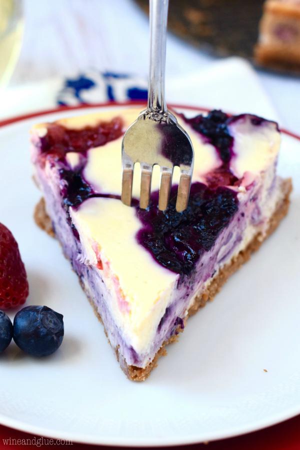 berry_swirl_cheesecake_5.jpg