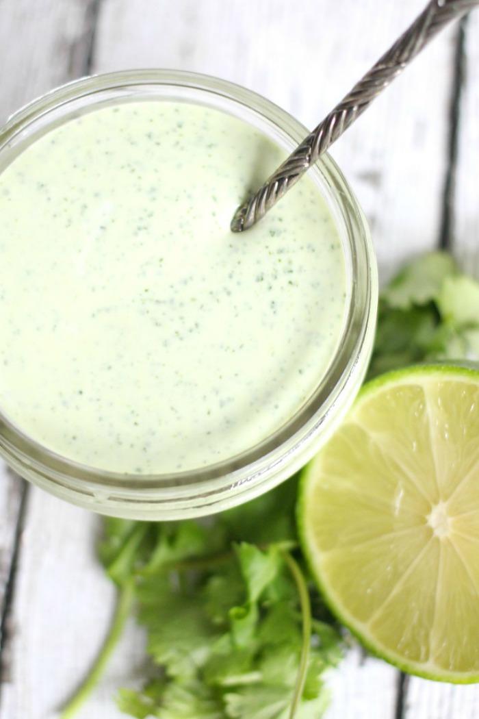 easy_cilantro_garlic_sauce.jpg
