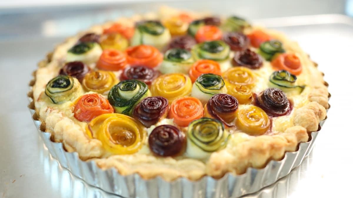 sni1uss-aakamaihdnetscripps_genius_kitchen9171021170821_4155834_rainbow_rose_veggie_tartjpg.jpg