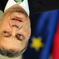 Szerinted minden rendben van ezen a képen Orbán Viktor fejével?