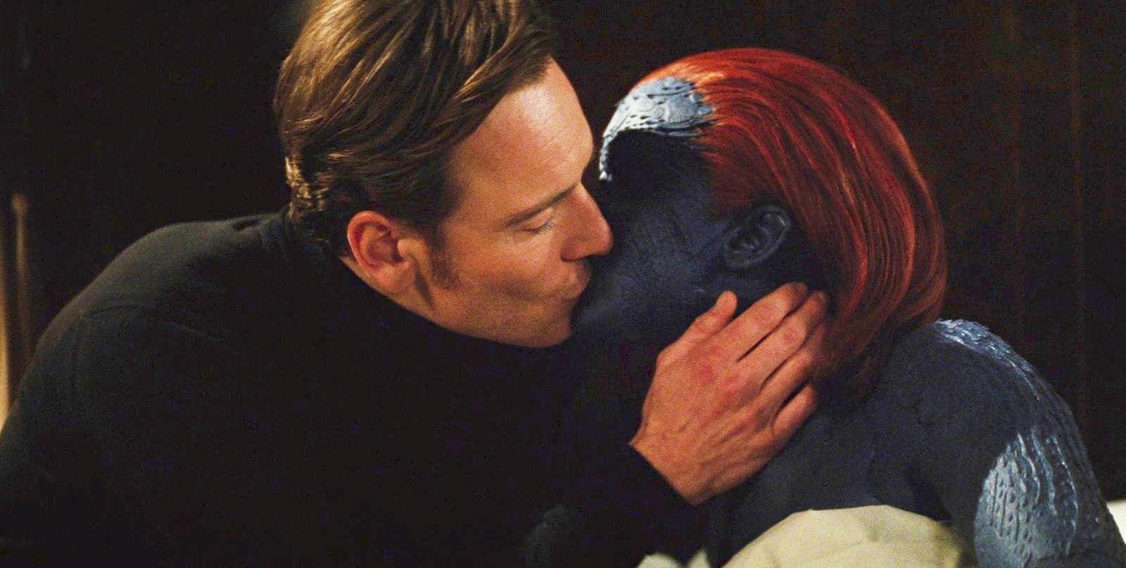 magneto_mystique_kiss.jpg