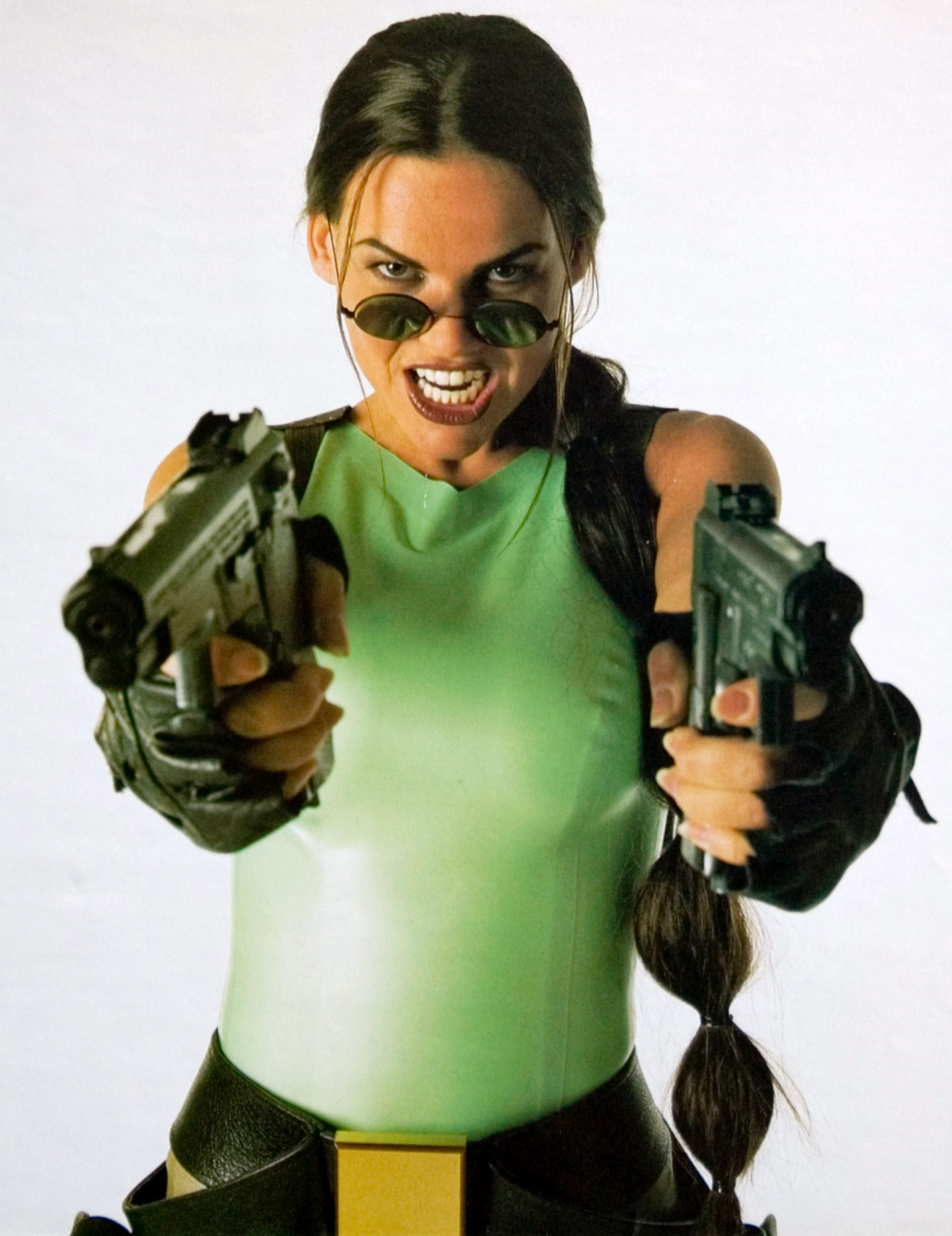 Lara Weller<br /><br />Született: 1975, Hollandia<br />Magasság: 173 cm<br />Testsúly: 64 kg<br />Szeme színe: barna<br />Haja színe: barna<br />Méretek: 86-61-86