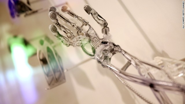 140219121205-medical-technology-robotic-hand-story-top_1393359183.jpg_640x360