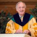 Thomas Richard Harkin szenátor elismerését fejezte ki a Maharishi Egyetemnek
