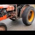 Megbuherált traktor