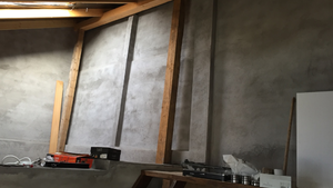 Menő budapesti lakások: A legvagányabb tetőtéri szoba