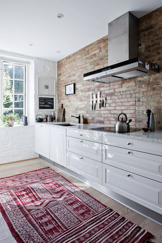 brick-wall-interior-in-classic-and-modern-style-34.jpg