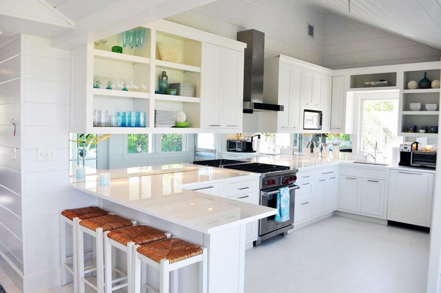 u-shaped-kitchen-designs-30-modern-classic-interiors-12.jpg