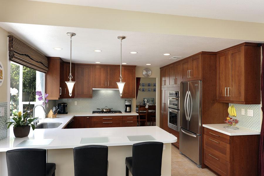 u-shaped-kitchen-designs-30-modern-classic-interiors-2.jpg