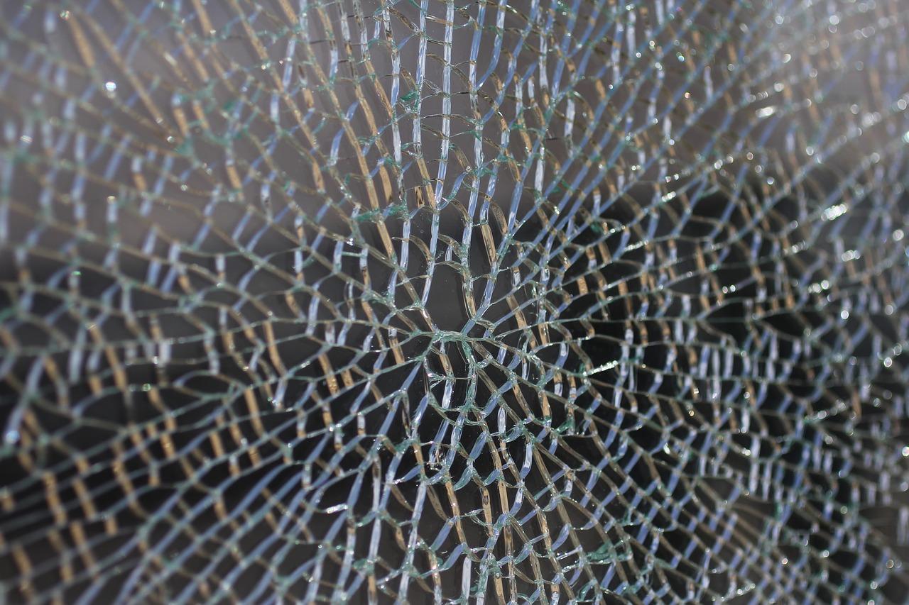 glass-2286984_1280.jpg