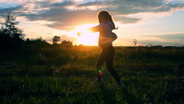 depositphotos_160885934-stock-video-beautiful-little-girl-in-the.jpg